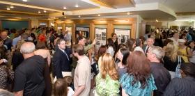 Les scientologues et invités ont visité le centre d'information public de la nouvelle Église avec ses écrans multimédias illustrant les croyances de la Scientologie et la vie de son fondateur L.RonHubbard.